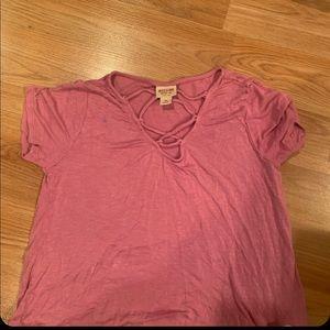 The pink cris cross top:))